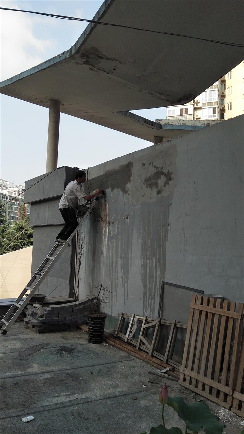 屋面防水维修 提供专业的维修方案 鸿飞防水