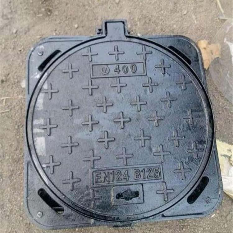 鲁润 防盗圆形球墨铸铁井盖多少钱 dn700圆形球墨铸铁井盖定制