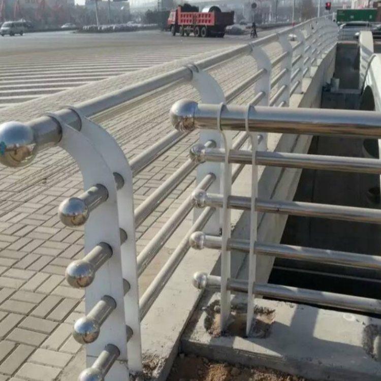 201不锈钢复合管桥梁栏杆批发 飞龙 201不锈钢复合管桥梁栏杆厂商