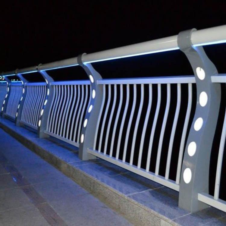 河南灯光栏杆价格 飞龙 景观灯光栏杆企业 led灯光栏杆企业