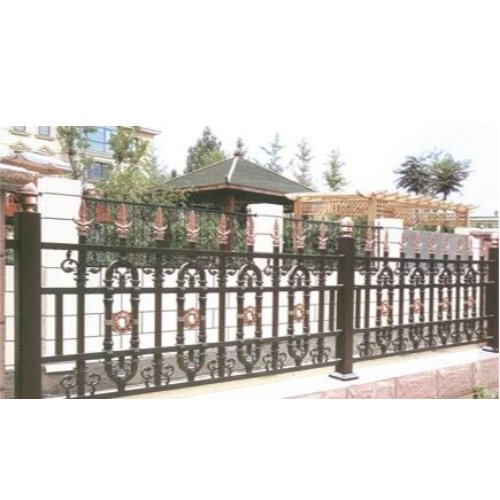铝艺栅栏品牌 铝艺栅栏招商 桂吉 庭院铝艺栅栏照片