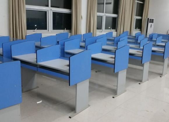 金水区学校培训桌 河南学生微机桌 公司
