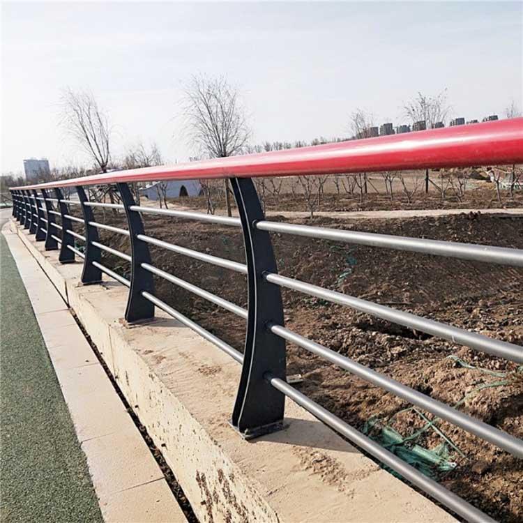 304不锈钢景观护栏公司 304不锈钢景观护栏报价 飞龙