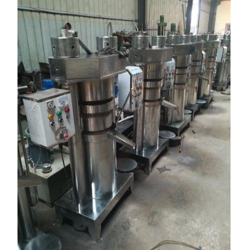 新型100型榨油机制造公司 100型榨油机产量 鼎诺机械