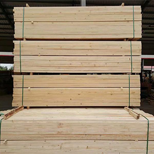 铁杉南洋杉建筑方木报价 腾达木材 工地南洋杉建筑方木定制