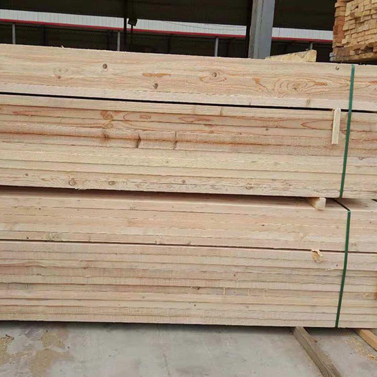 工地用辐射松方木哪家好 腾达木业 辐射松方木厂家