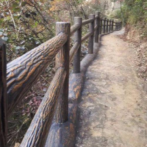 户外水泥仿木桩栏杆订做 景区水泥仿木桩栏杆订做 丽景建材