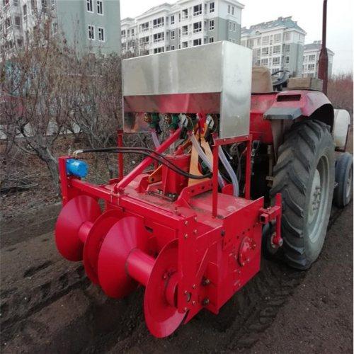 胡萝卜起垄施肥铺膜打孔一体机企业 勤迈