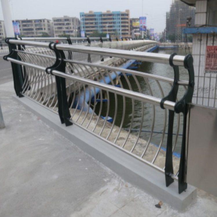 锌钢桥梁钢护栏订做 不锈钢桥梁钢护栏订做 航拓