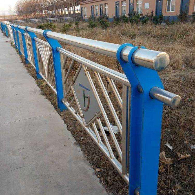 专业不锈钢复合管栏杆加工 优质不锈钢复合管栏杆定做 航拓