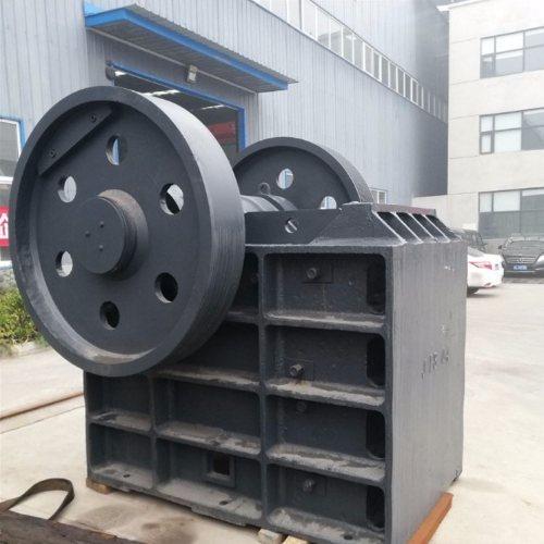 龙尚机械 大中小型颚式移动破碎机 节能环保颚式移动破碎机可试机