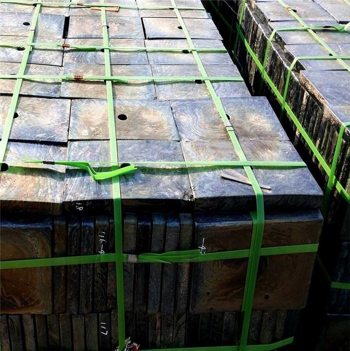 电厂卸煤沟铸石板规格 新江化工 刮板输送机底部防磨铸石板硬度