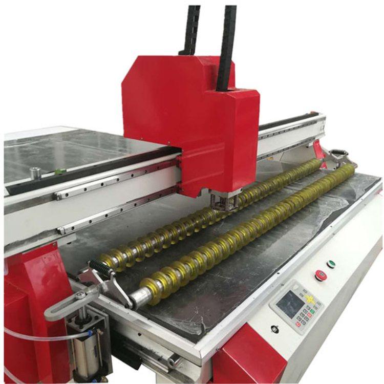 汽车脚垫制作设备生产商 数控汽车脚垫制作设备 晨启数控