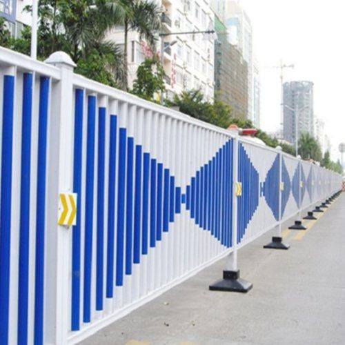交通护栏安装 交通护栏 鲁恒