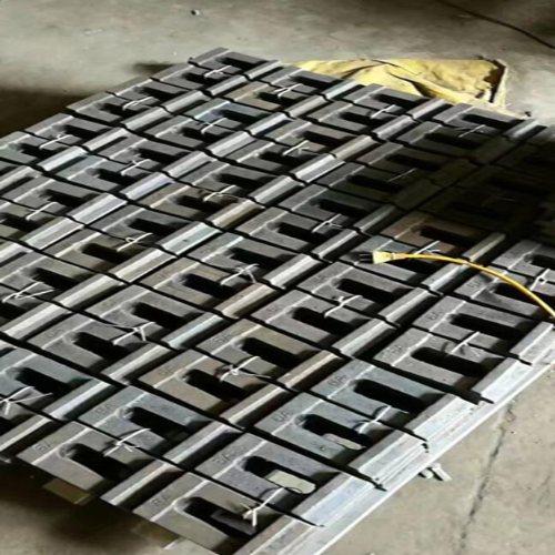 QU80轨道压板量大优惠 滏金金属制品 高铁轨道压板加工