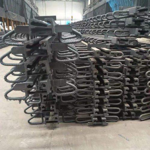 f型板缝 泽众 桥梁板缝生产加工 C型板缝