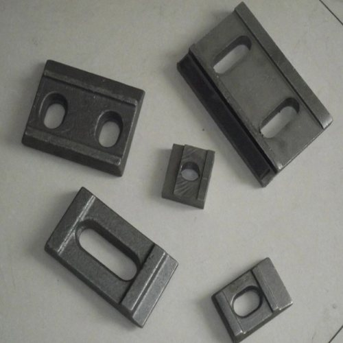 高铁轨道压板设计定做 焊接型轨道压板长期生产 山桥工务器材