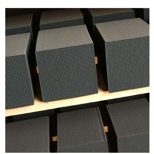 大孔蜂窝活性炭 小孔蜂窝活性炭生产