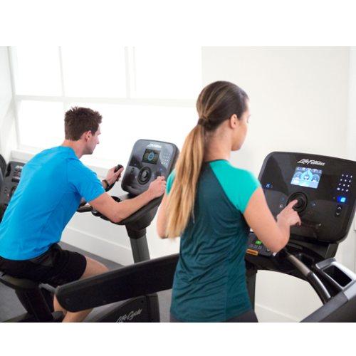 户外跑步机公司 室外跑步机公司 Life Fitness 力健