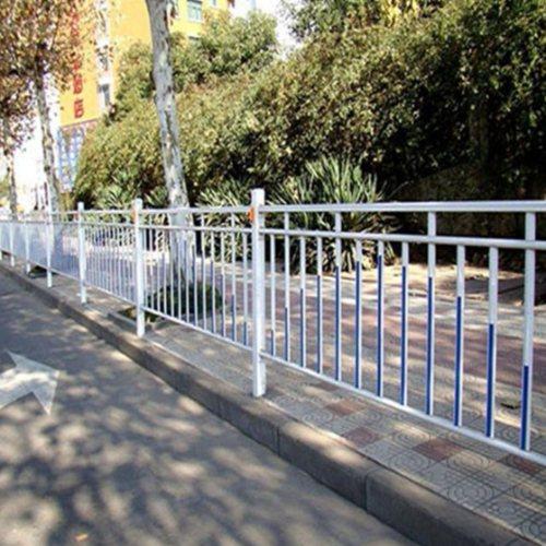 鲁恒 交通护栏安装 交通护栏作用