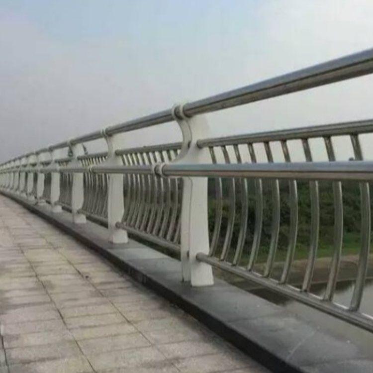 304桥梁不锈钢护栏报价 神龙 优质桥梁不锈钢护栏报价