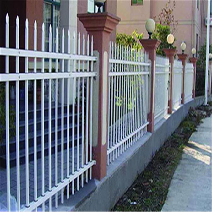 锌钢护栏报价 锌钢草坪护栏 锌钢阳台护栏厂