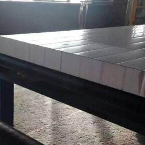 酚醛彩鋼夾芯材料報價 科立邇 聚苯乙烯彩鋼夾芯材料廠家價格