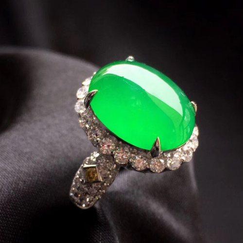 种水好起光翡翠蛋面戒指多少钱 - 阳绿翡翠蛋面戒指尺寸