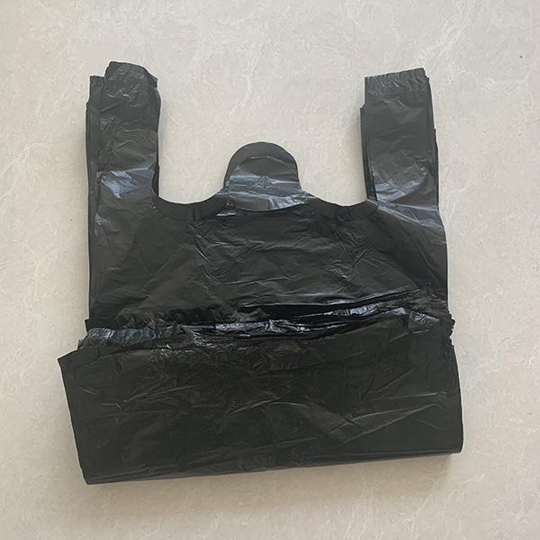 家用黑色垃圾袋加工 世起塑料 一次性黑色垃圾袋批发