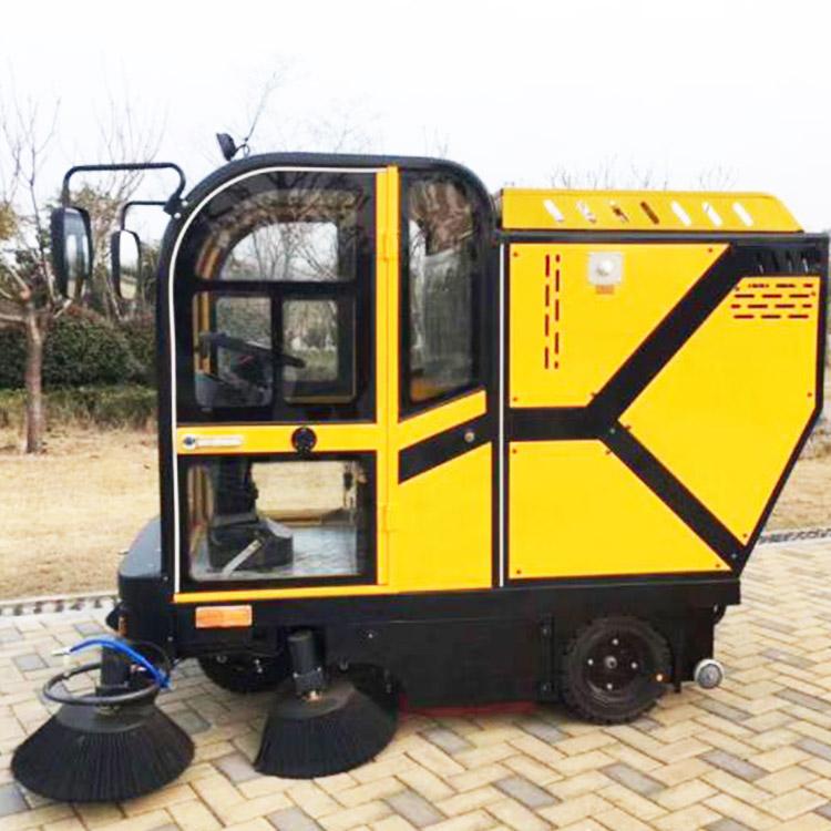 驾驶式扫地车单价 小型扫地车品牌 宝通电动车业 大型扫地车生产