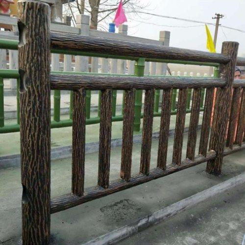户外水泥仿木桩围栏 户外水泥仿木桩围栏订制 丽景建材