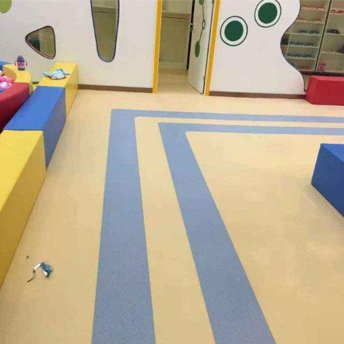 娱乐休闲塑胶地板 雅丰盛晨商贸 商用塑胶地板批发