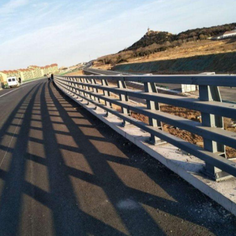 优质防撞景观护栏 航拓 防撞景观护栏厂商
