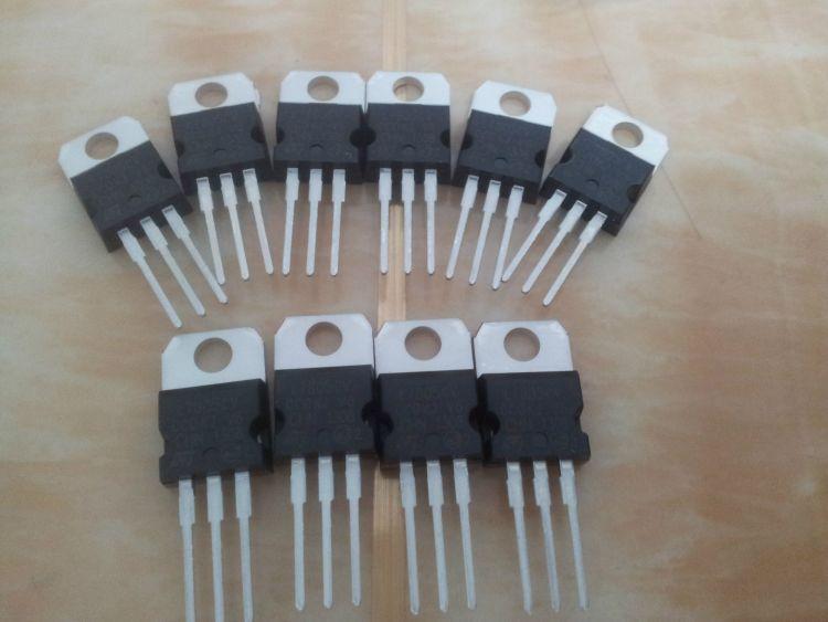 三极管三端稳压器L7805CV