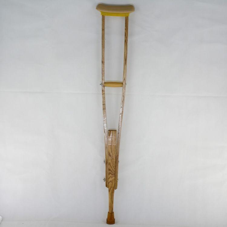 衡水福康达供应誉达牌残疾人辅助器具水曲柳实木拐杖木质腋拐双拐残疾人专用拐杖