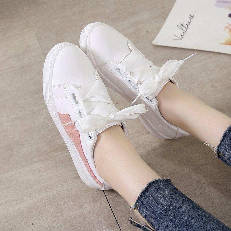 小白鞋女2018春季新款百搭学生平底女鞋韩版板鞋ins超火帆布鞋女