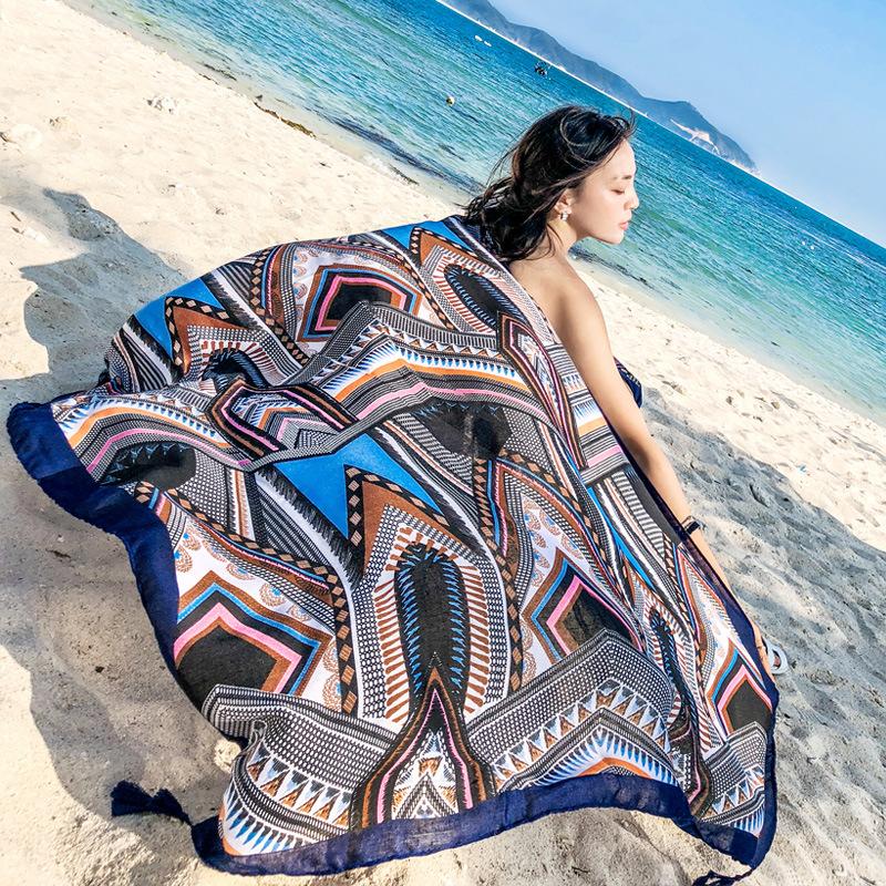 2018春夏季新款海边防晒丝巾空调两用披肩民族风流苏沙滩巾围巾女