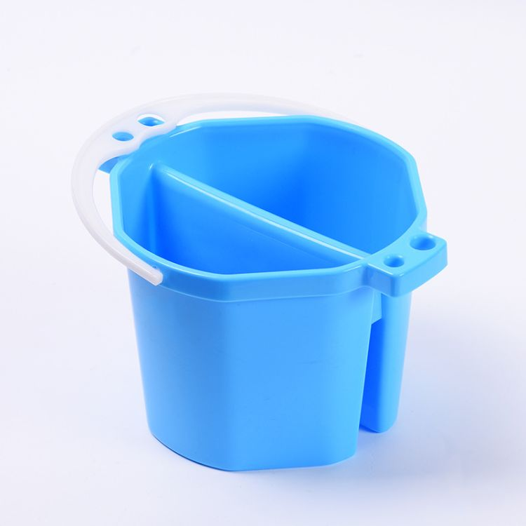 新款创意国画油画美术洗笔筒 手提便携颜料水粉塑料洗笔水桶批发