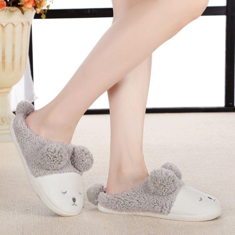 秋冬新品可爱卡通眯眼小绵羊月子鞋室内家居拖鞋羊羔绒球情侣拖鞋