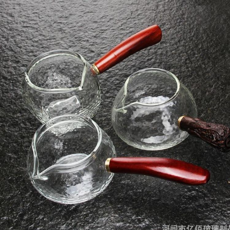 日本式锤目纹侧把玻璃公道杯防烫锤纹公杯木把茶海木把玻璃分茶器