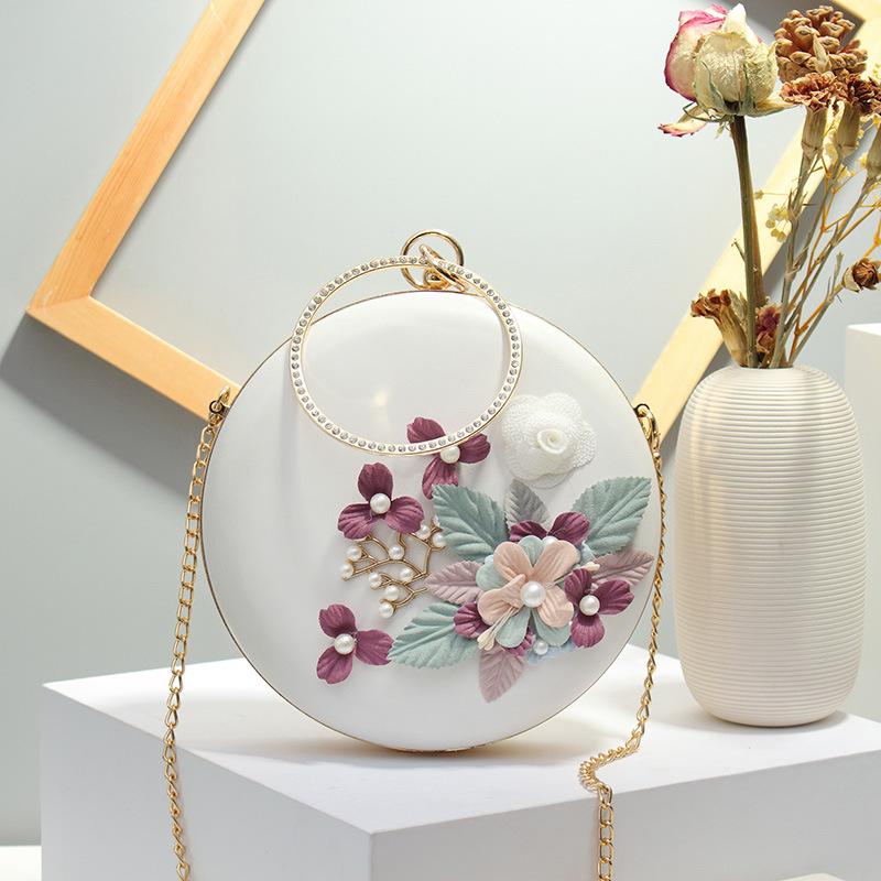 女包包镜花水月小圆包饼型包花朵珍珠包夹子链条单肩斜
