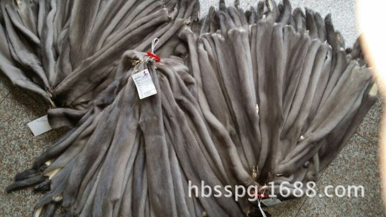 厂家直销高品质国产灰色水貂皮、灰貂皮草热销中