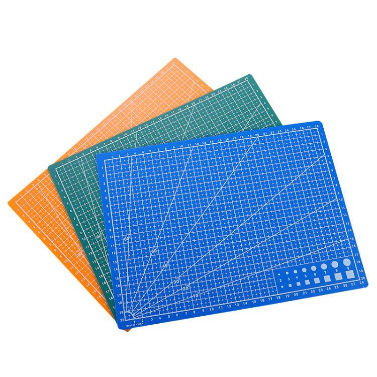 雕刻板切割垫厂家 批发a4垫板双面切割垫板 文教照相馆刀刻板
