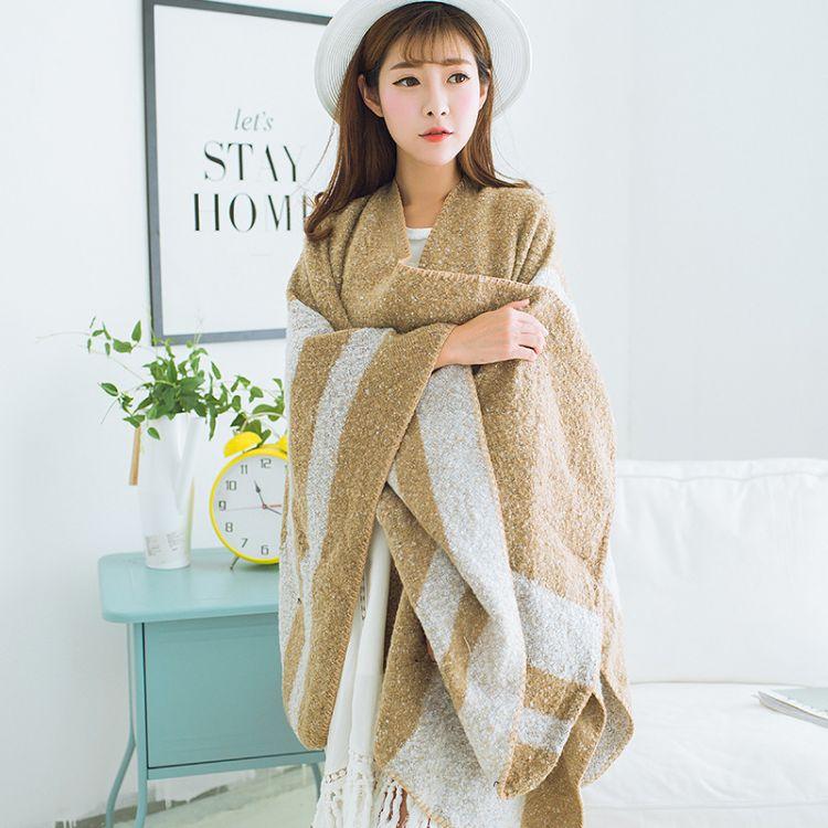 秋冬新款韩版粗条纹中间开叉披肩斗篷仿羊绒女围巾加厚两用保暖