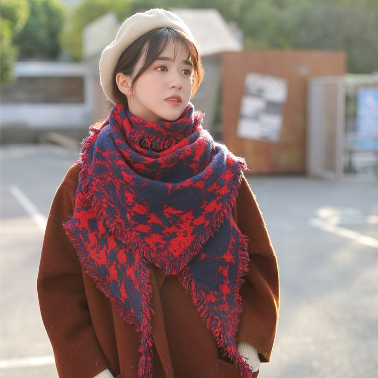 秋冬新款圈圈纱三角围巾男女通用仿羊绒加厚保暖围巾两用流苏披肩