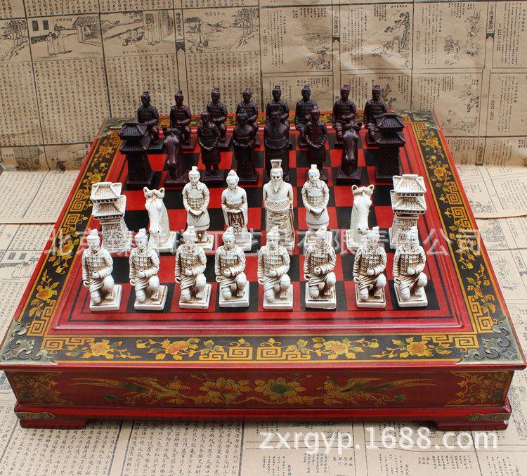 复古国际象棋兵马俑象棋立体人物象棋仿古木制棋盘圣诞节礼品