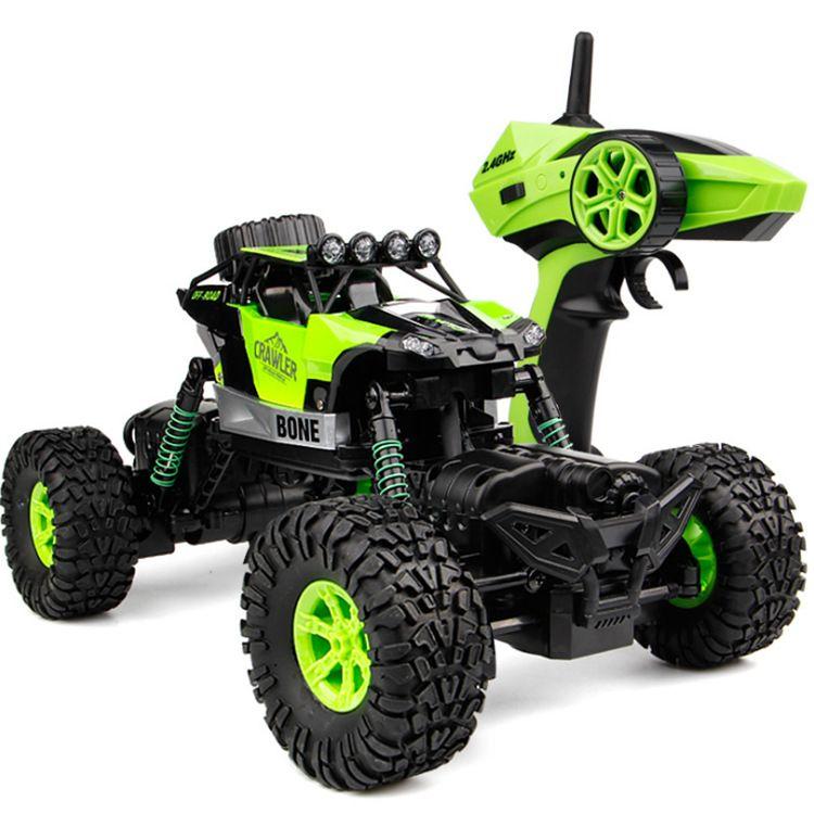 高速越野车双转向防水攀爬车沙地 防水带灯光充遥控车儿童玩具