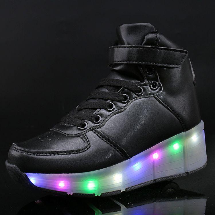 男女孩高帮小白鞋2018年夏季新款儿童轮系鞋单轮暴走鞋LED发光鞋