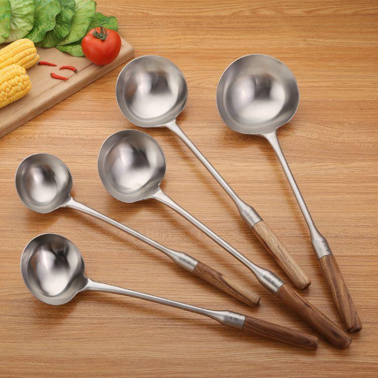 批发不锈钢烹饪勺铲 加长手柄砂光厨具套装 厨房工具厨师炒菜勺