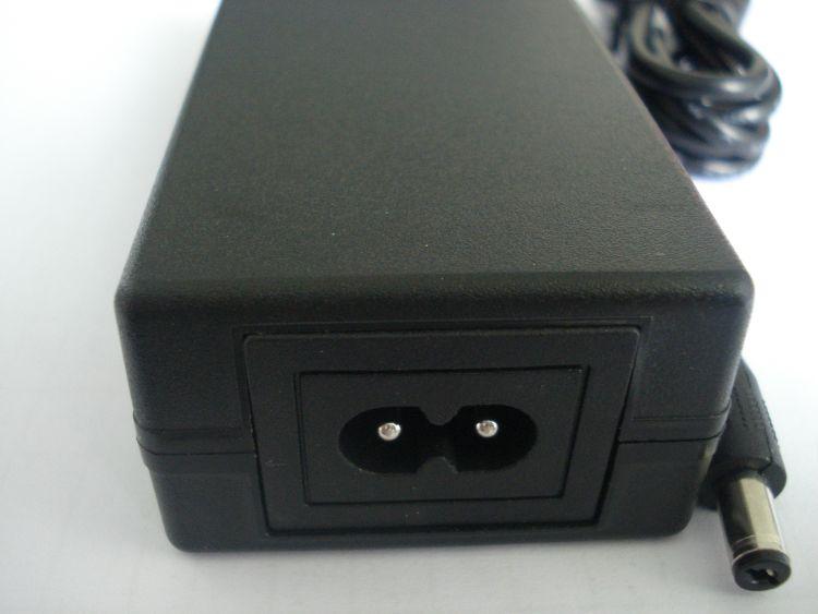 厂家直销高品质 12v5A电源适配器 LED灯带电源 全新60W系列